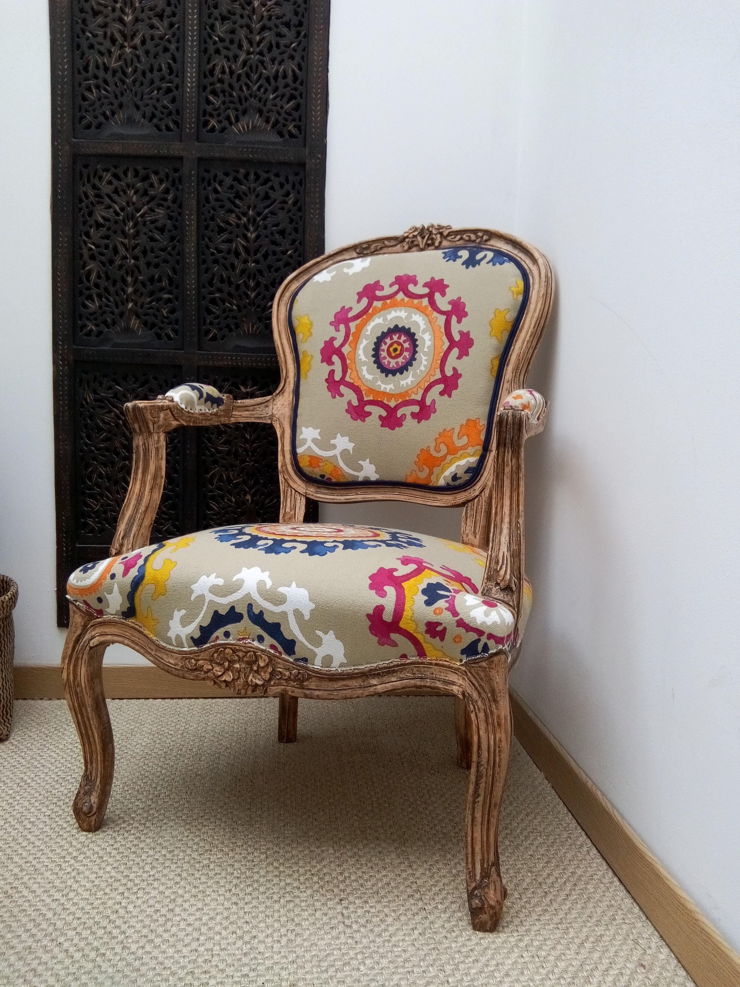 tapisserie d 39 ameublement co. Black Bedroom Furniture Sets. Home Design Ideas
