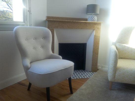 fauteuil_en_place_chez_la_cliente_refection_tissu_romo_lin_atmolybom