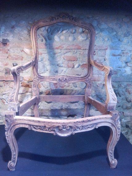 fauteuil à la reine style Louis XV