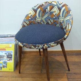 chaise années 60 tissu d'Ouzbékistan