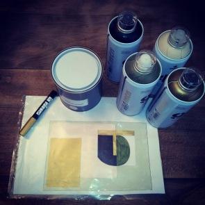3-preparation-spay-mtn-peinture-posca-dessin-pour-deco-murale-atmolybom
